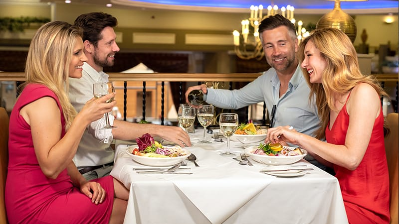 Couples Dining In The Garden Restaurant - Potters Resort