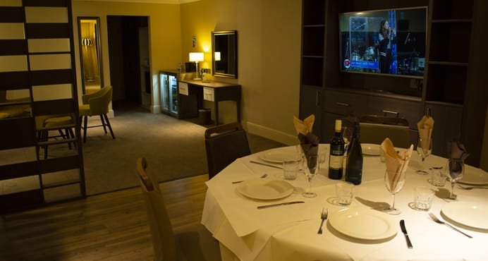 Private Lounge Dining - Potters Resort